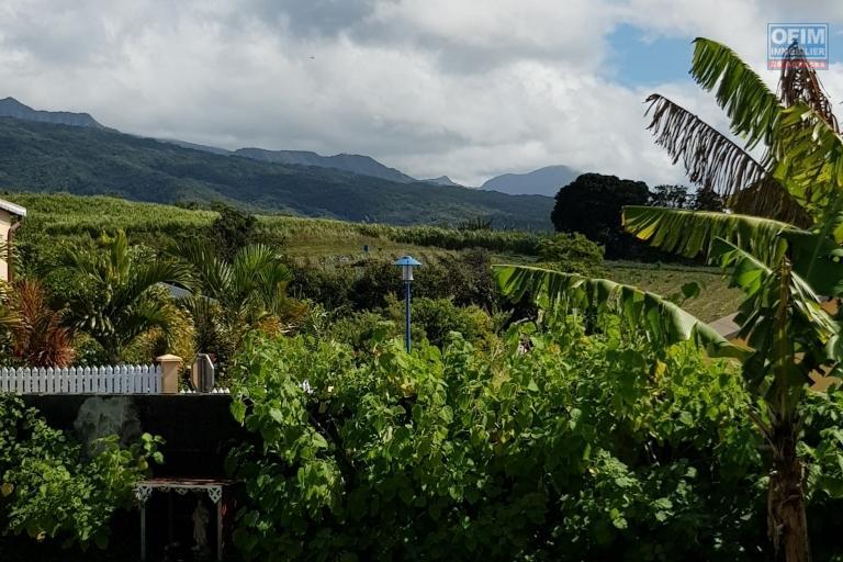Wahou! Magnifique villa à sainte Anne, chemin de  Ceinture au prix de 302 100 €