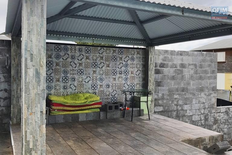 WAHOU!!! BELLE Villa avec piscine en vente à Sainte-Anne - EXCLUSIVITÉ - IDÉALEMENT SITUÉ