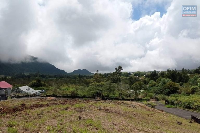 A vendre un beau terrain viabilisé la Plaine des Palmistes