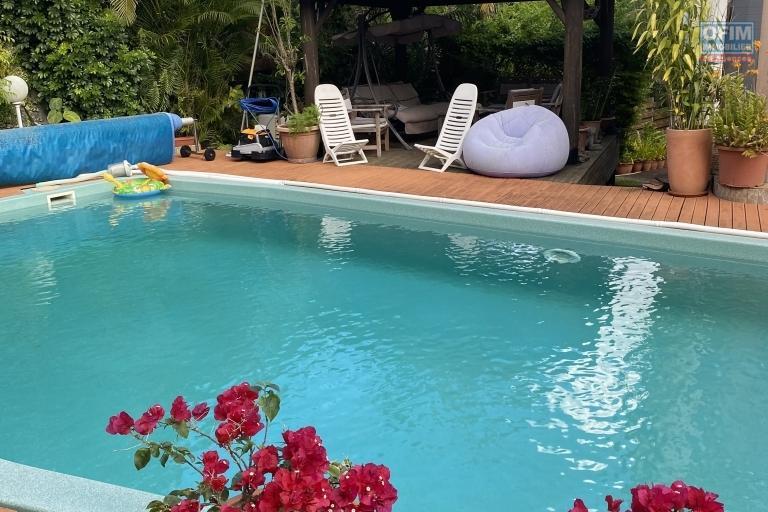 Jolie villa F4 avec luxuriant jardin