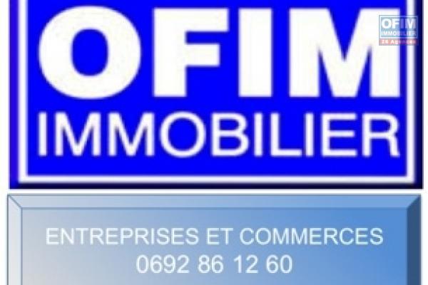 A louer beau local de standing pour des bureaux d'une surface de 73,64m2 en zone franche à Sainte Clotilde.