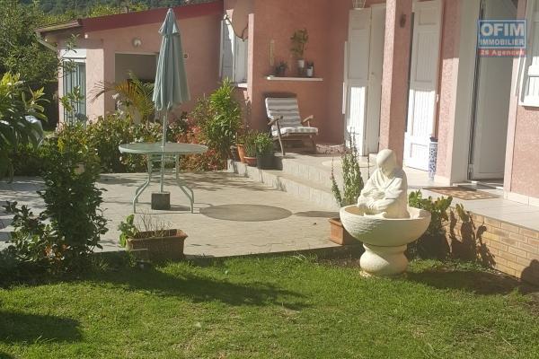 A Vendre villa f7 duplex proche avec terrain de 866m2 proche centre ville