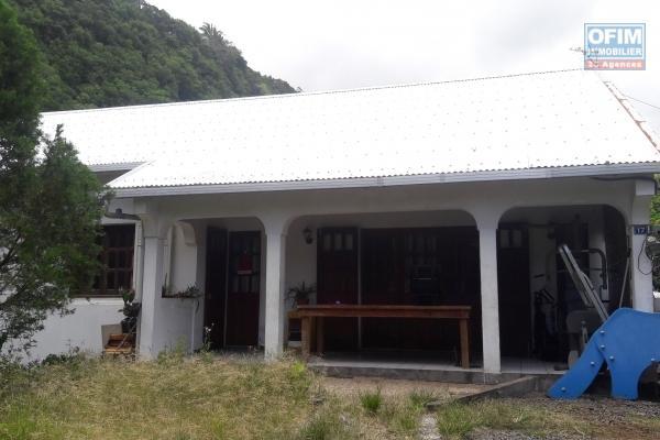 Villa F3 de 160 m2, terrain de 409 m2, calme