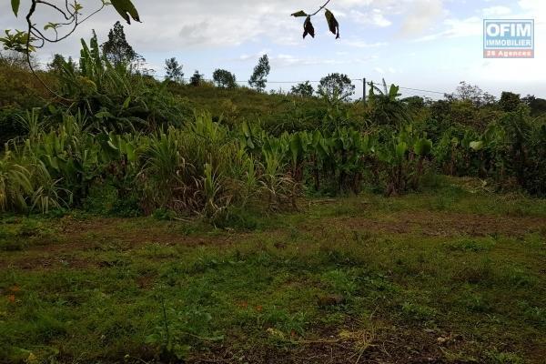 A Vendre beau terrain, bel emplacement à Saint Philippe