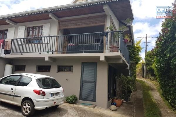 Villa F 4 Duplex  dans un endroit calme