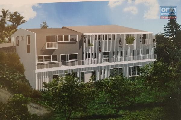 Bureau neuf de 2011 dans la résidence Aurore situé en RDC de 62.80 m² de surface habitable + une varangue de 11.67 m² plein centre ville.