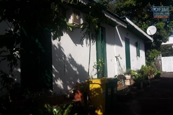 Villa créole  F5 vue mer 10 MN de Sint Pierre