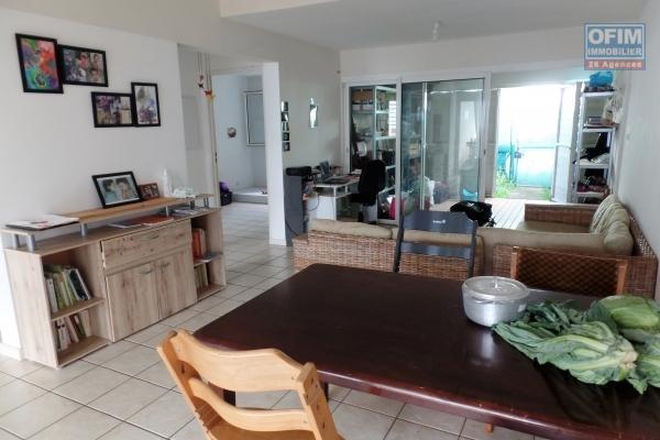 Appartement T2 en RDC de 42.30 m² de surface habitable + varangue, jardin privatif et piscine collective dans la Résidence Kaz Nature