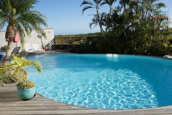 Villa F6 vue mer panoramique et piscine Saint Gilles Les Bains