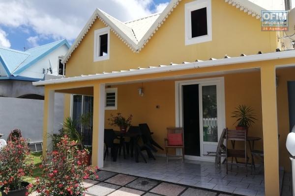 A vendre jolie villa de type F5 avec bureau d'environ 114 m² à la Plaine des Cafres PK 21