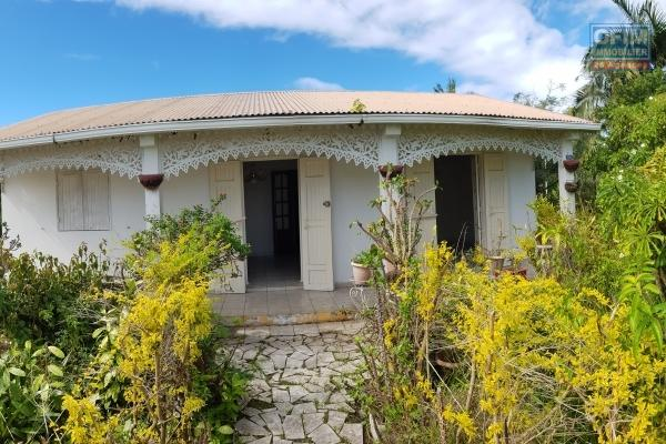 Vente Villa avec Vue Sur Mer et Montagnes à la Plaine Des Palmistes