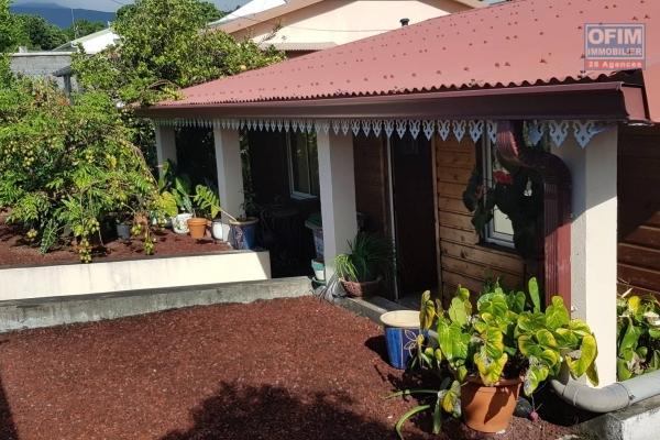 A VENDRE charmante villa de type F4 de 100m2 sur un terrain de 565m2 à Sainte-Anne dans le chemin du Cap à 210 000 euros!