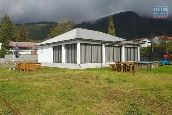 à saisir villa f4 sur Saint André avec 650 m2 de terrain