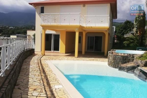 Villa exceptionnelle pour un prix exceptionnel. 3ans de taxes foncières offertes! NEGOCIATION POSSIBLE