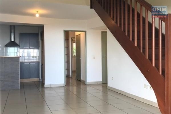 A louer grand appartement F4 au centre ville de la Possession