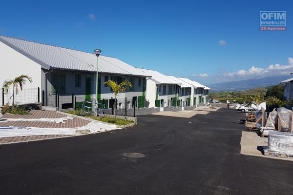 Villa F3 de 88 m2, terrasse, jardin, parking.