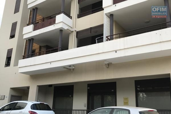 a vendre appartement f2 bas de la possession