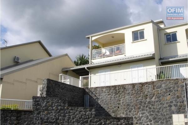 A louer très jolie villa neuve de type F4 d'environ 73 m² à la Plaine des Cafres au 22éme Km