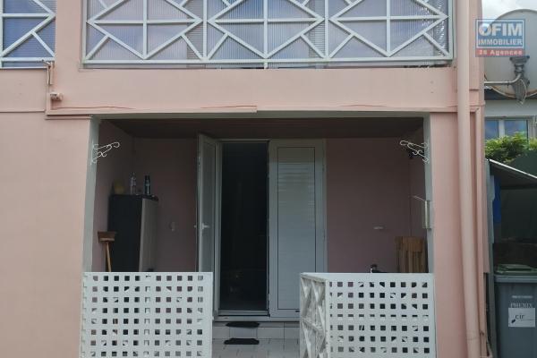 A louer appartement T3 à St André cambuston