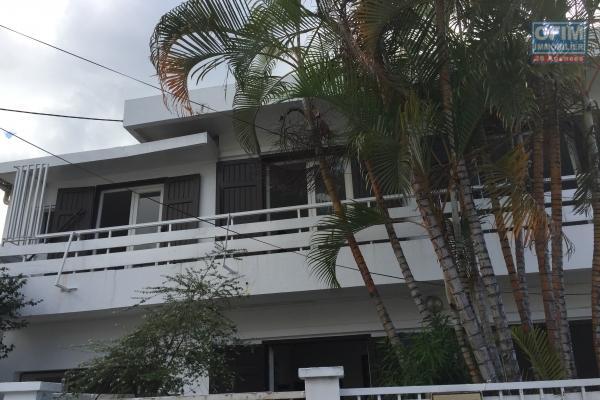 a louer très belle villa f4 meublée résidence privée