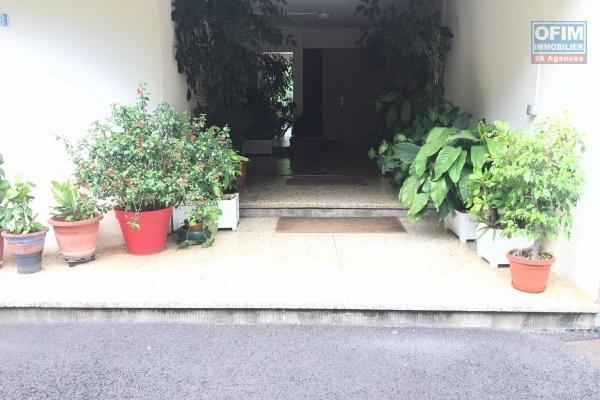 A louer joli appartement meublé de type F2 d'environ 34 m² ligne des Bambous Ravine des Cabris