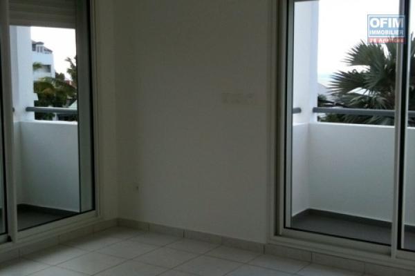 A Louer cet appartement de type F2 sur la résidence SILENE située rue Mahatma Gandhi  à Sainte Clotilde .