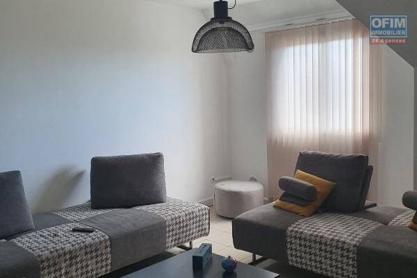 """A LOUER Appartement T3 à """"Bois d'Olives / Pierrefonds"""" SAINT PIERRE"""