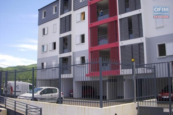 A louer appartement F3 au centre ville de la Possession