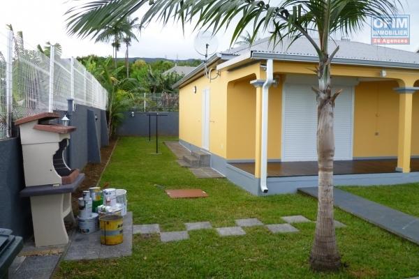 a louer villa F4 à tan rouge, ( poste du guillaume à 3 km ) au calme