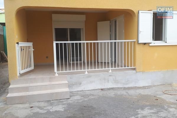 A Louer bel appartement au 1er étage de villa (La Plaine St Paul)