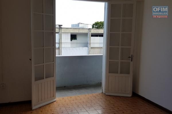 Apt T2 de 47,80 m2, vue mer, terrasse, parking