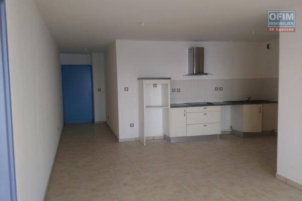 A un très bel appartement T4 avec terrasse et 2 places de parking à Montgaillard