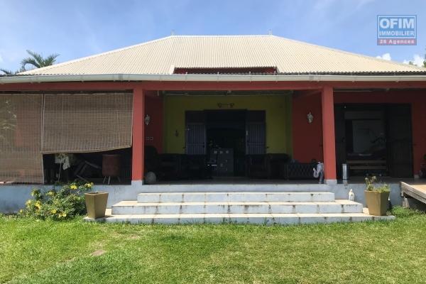 à louer charmante villa F4 duplex sur Saint André