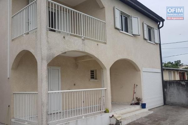 "A LOUER Villa F4/5 à RAVINE DES CABRIS ""Proche centre ville"""