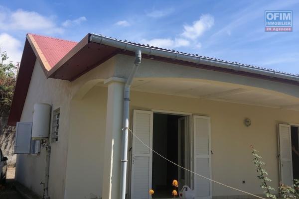A vendre villa F5 à La Saline ( lot. Ermitage Longuet )