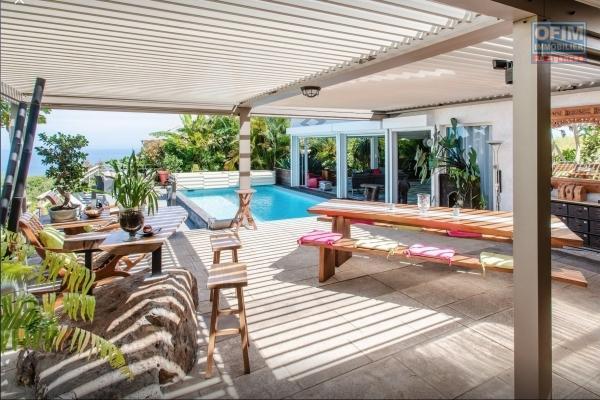 Vente belle villa F6/7 avec piscine vue mer à la Montagne
