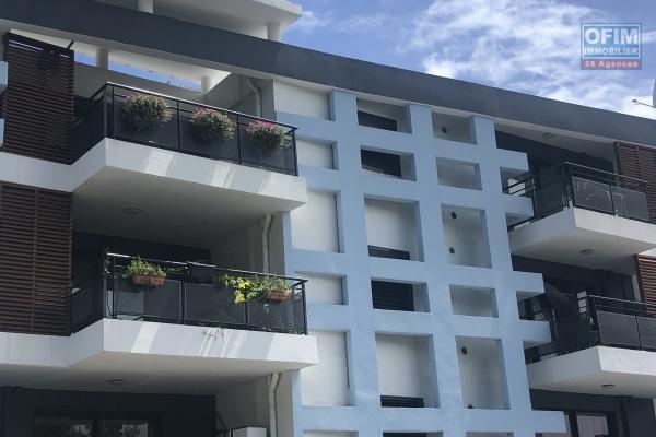A vendre Appartement T2 à ST PIERRE ( proche du TGI )