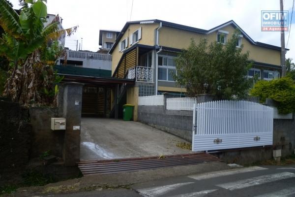 A Louer villa F4 à Bellemene  Saint Paul