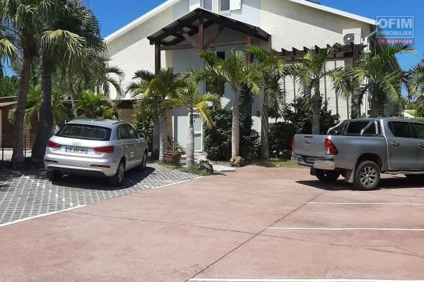 A LOUER appartement NEUF de type F2 de 46,52m2+terrasse de 8,53m2 sur la Saline Les Hauts (VUE MER) porte A.