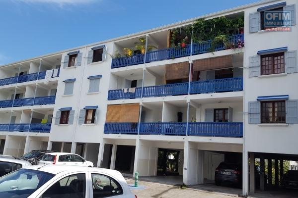 A louer appartement F4 à ST PAUL  CENTRE( coté cimetière marin )