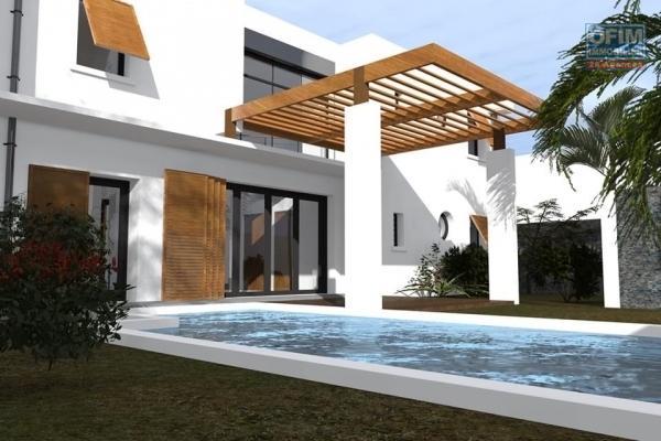 A vendre maison neuve de type 4 avec piscine dans les bas de la possession.