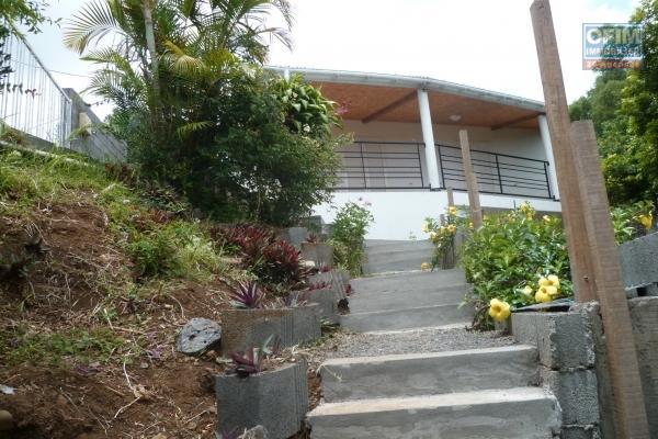 a louer villa F5/6 au bernica sur parcelle de 950 m2