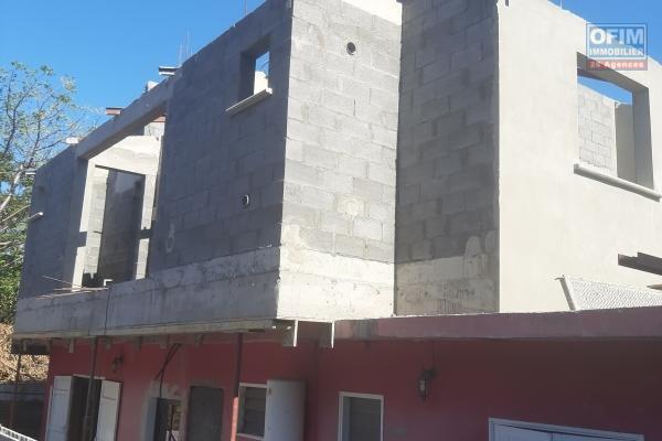 A LOUER// appartement NEUF et meublé  de type F2 de 46,52m2+ terrasse de 8,53m2 sur la Saline Les Hauts