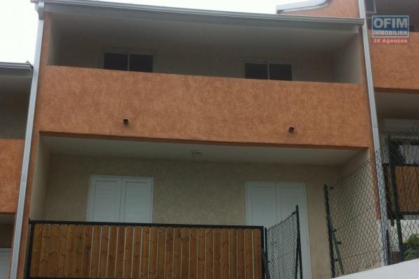 A vendre appartement (maison de ville) dans petite copropriété de 3 lots  à La Montagne, avec jardinet