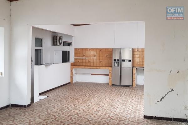 A VENDRE Maison de type F6 de 120m2 sur un terrain de 680m2 sur la Plaine des Palmistes à 200 000 euros!