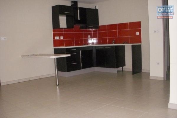 A louer bel appartement T3 en RDJ sur le bas de la Possession ( Moulin Joli )