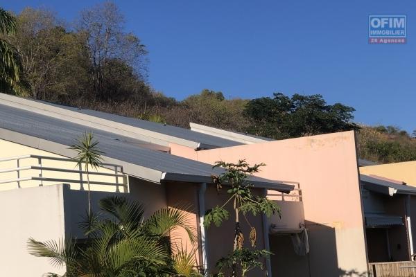 A vendre appartement en rez-de-jardin de type 3 à st-paul dans résidence sécurisée.