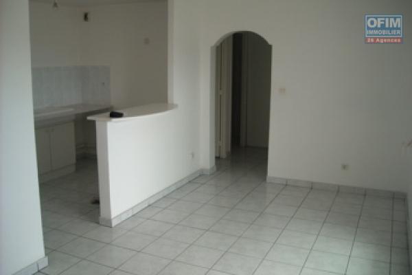 A louer beau T3 de 70,10 m2 à bras madeleine résidence Rubis