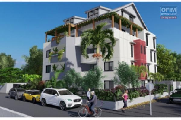 A vendre magnifique F4 duplex neuf dans résidence de standing de 11 logements. Du F2 au F4 à ST PAUL ( centre - ville )