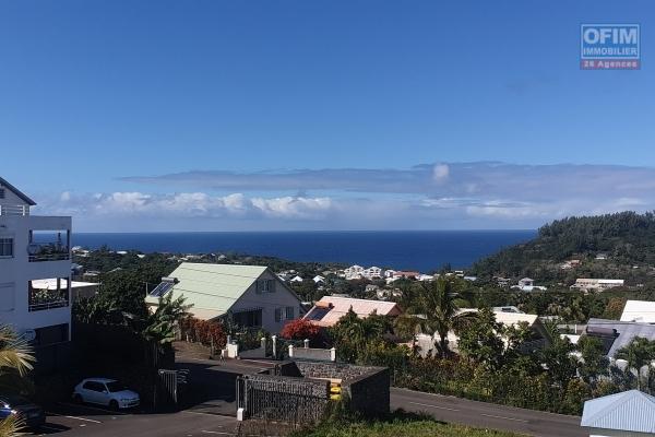 Studio de 33,47 m2, terrasse 10m2, vue mer et montagne